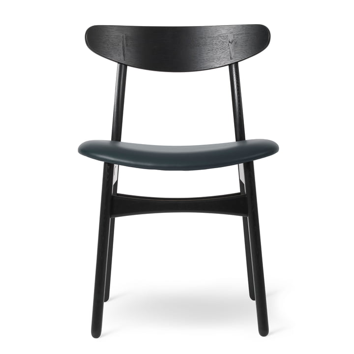 CH30P chair in oak black lacquered / leather Thor black by Carl Hansen