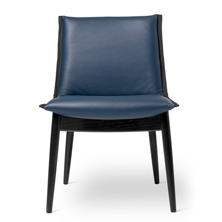 E004 chair in oak black lacquered / leather Thor dark blue by Carl Hansen