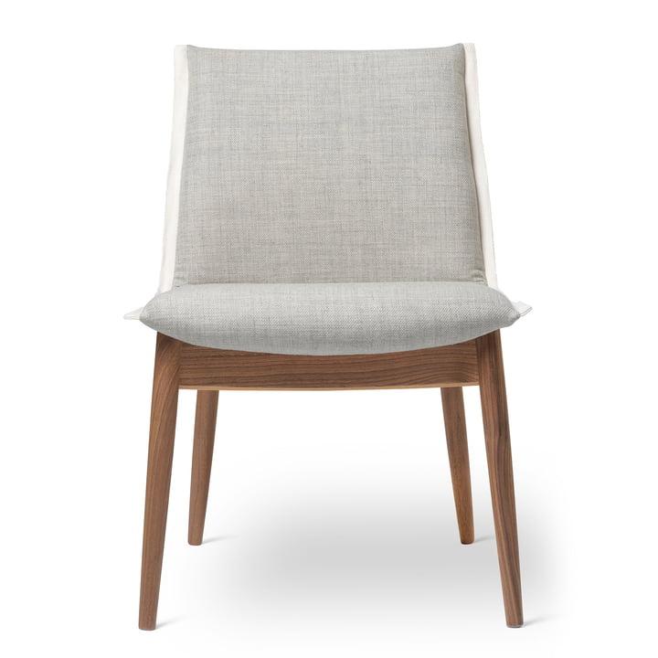 E004 Chair by Carl Hansen oiled in walnut / Kvadrat Clara 2 144