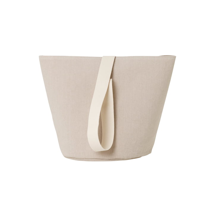 Chambray Medium basket from ferm Living in sand