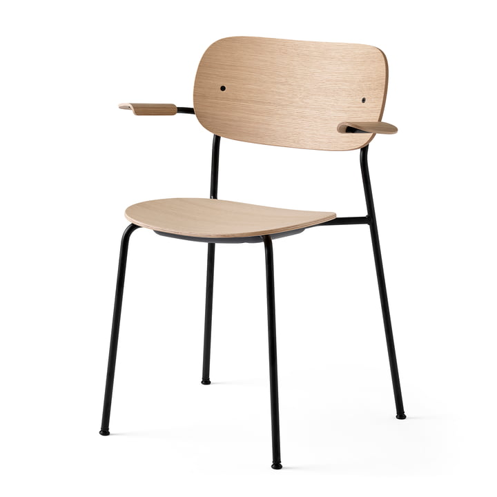 Co Dining Chair with armrests, black / natural oak by Menu