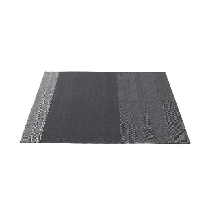 Varjo Carpet 170 x 240 cm from Muuto in dark grey