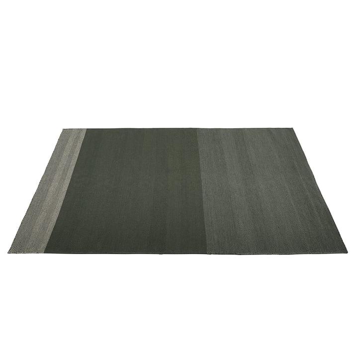 Varjo Carpet 200 x 300 cm from Muuto in dark green