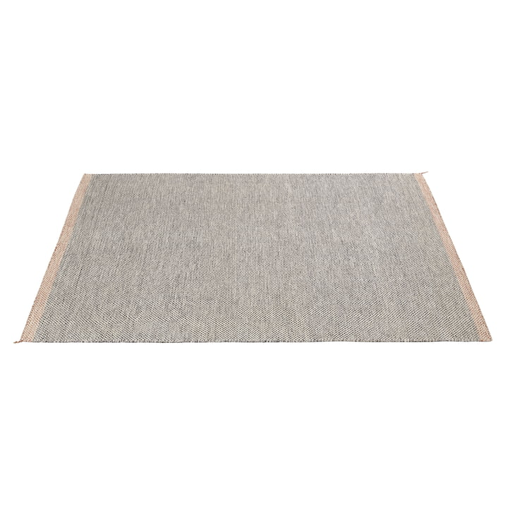 Ply Rug 270 x 360 cm by Muuto in black and white