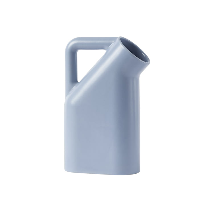Tub jug from Muuto in pale blue