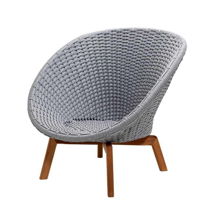 Peacock Lounge armchair from Cane-line in light grey