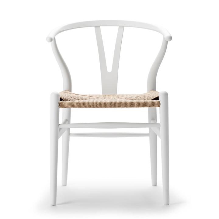 CH24 Wishbone Chair from Carl Hansen in soft white / natural wickerwork