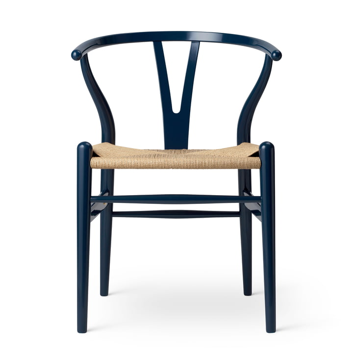 CH24 Wishbone Chair from Carl Hansen in beech Glossy Navy Blue / Natural wickerwork (Limited Birthday Edition)