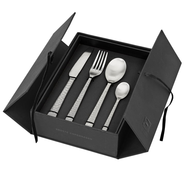 Hune Cutlery set, brushed stainless steel hammered (16 pcs.) from Broste Copenhagen