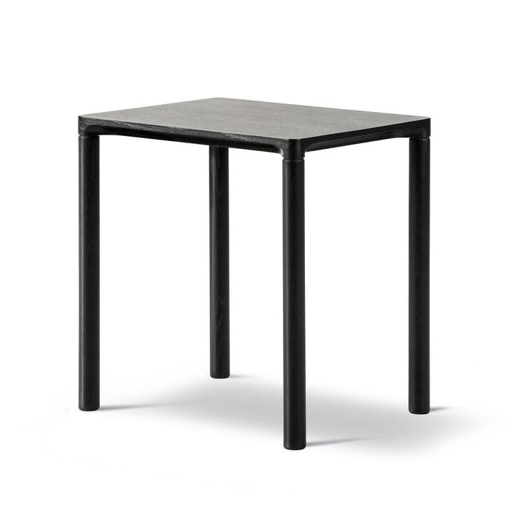 Piloti Sofa table 31 x 39 cm by Fredericia in black lacquered oak