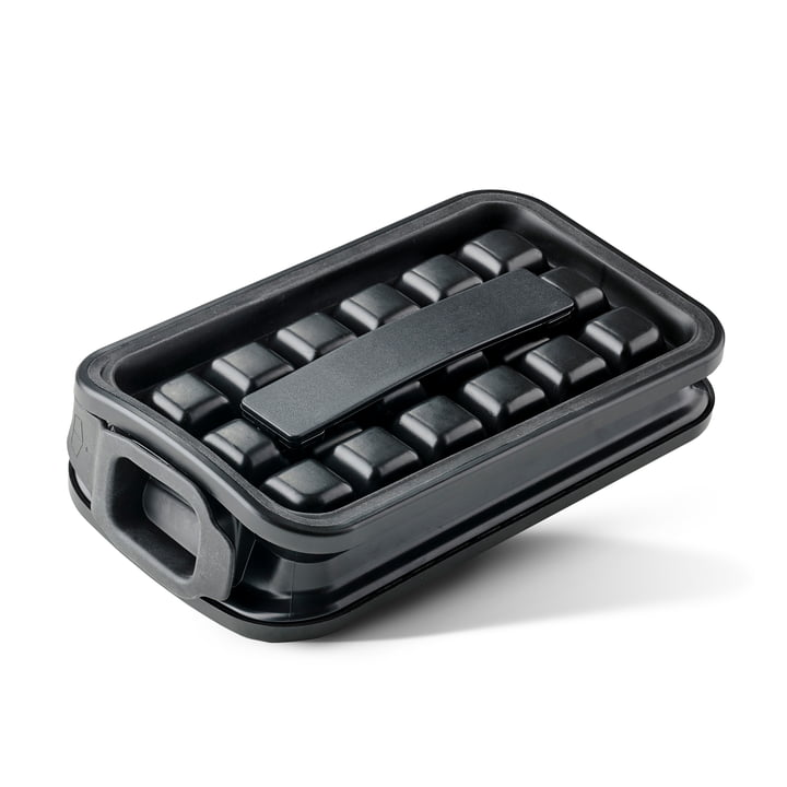 Rocks Ice cube maker from Zone Denmark in black