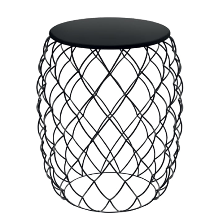 Piña side table from Magis in black