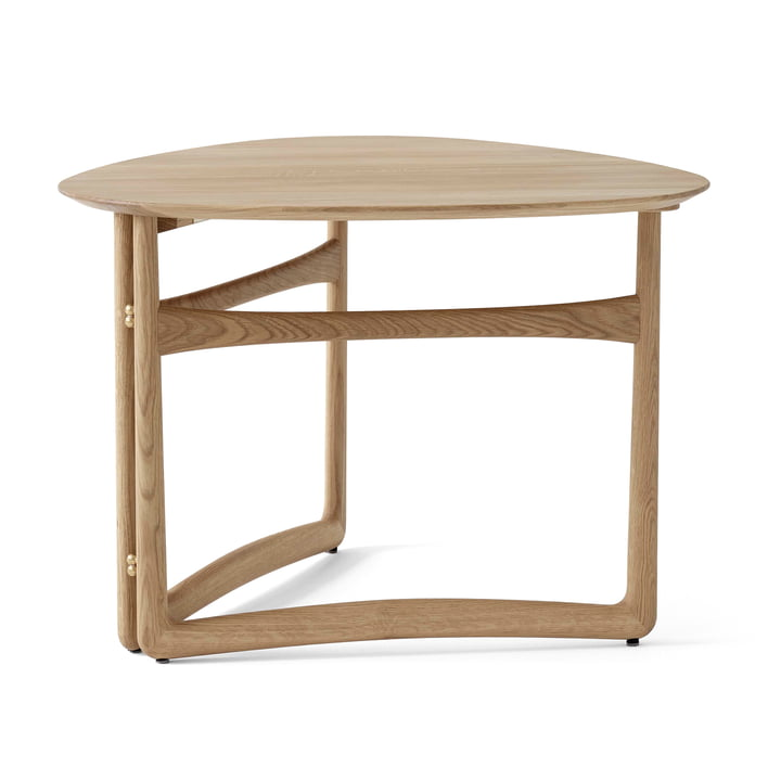Drop Leaf HM5 coffee table from & tradition in white oiled oak