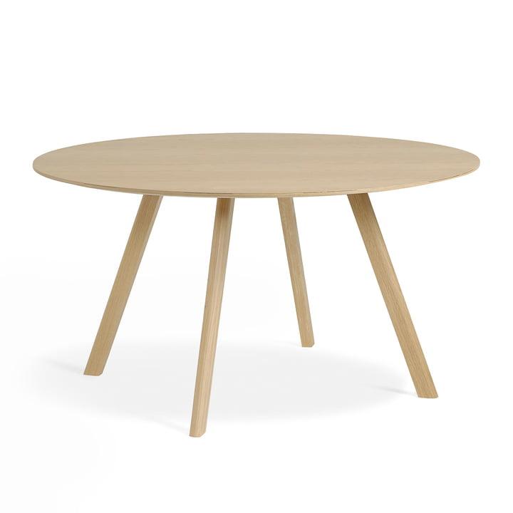 The Copenhague CPH25 table of Hay with 140 cm diameter in oak matt lacquered