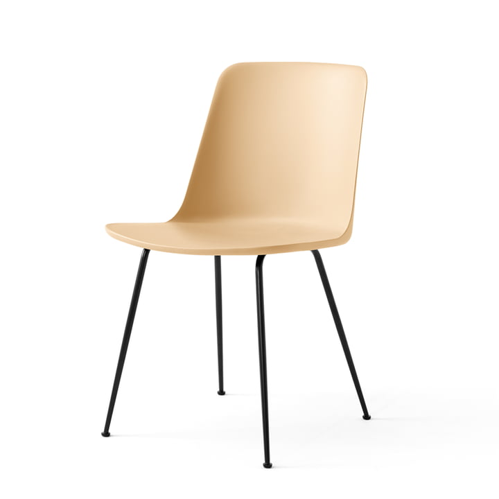 The Rely Chair FW6, beige sand / black by & tradition