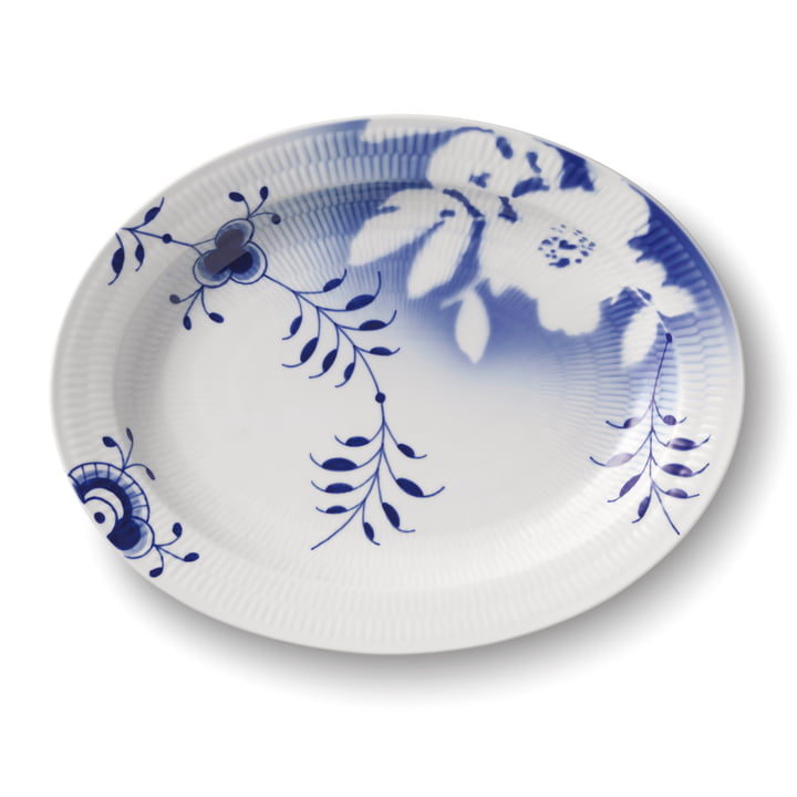 The Mega Rose serving dish oval 36,5 cm (Limited Edition) from Royal Copenhagen
