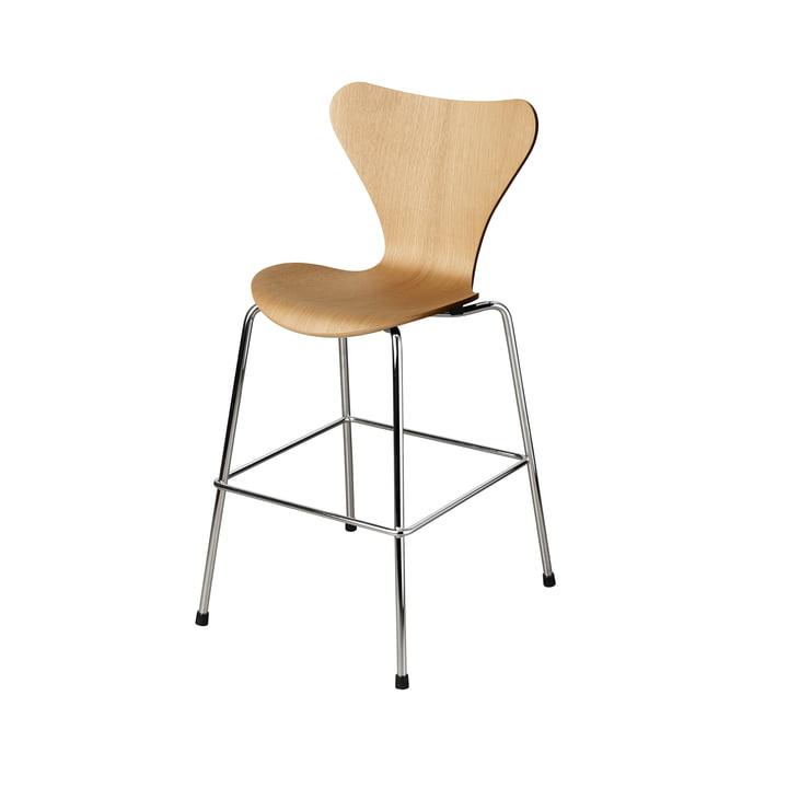 The Series 7 Junior chair from Fritz Hansen , chrome / oak