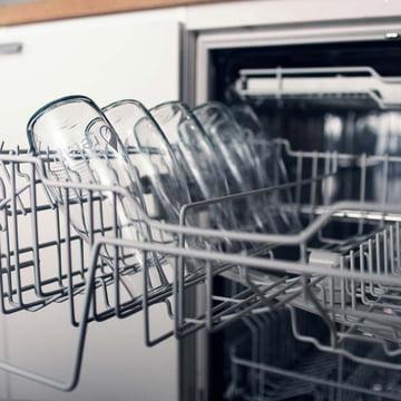 Retap - Drinking Bottle with lid in dishwasher