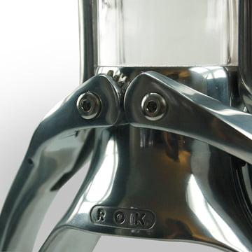 The Espresso machine by ROK in detail
