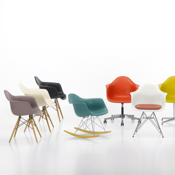 Vitra - Eames Plastic Armchairs, group