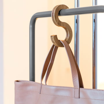 Massive Swing hooks for your bags