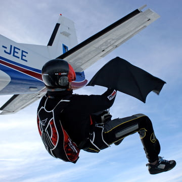 Senz - collection 2014, skydiving with umbrella