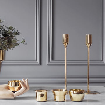 Skultuna - Candleholder and Tea Light Holder in brass, atmosphere