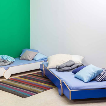 Cool and modern stacking bed