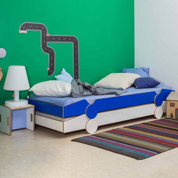 Stacking bed gaps