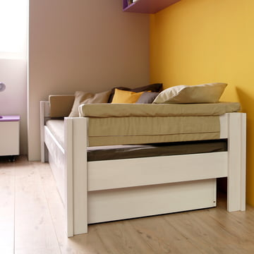 Basis Daybed with frame by de Breuyn
