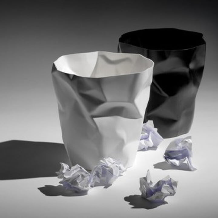 Wastepaper bin and eye-catcher in one