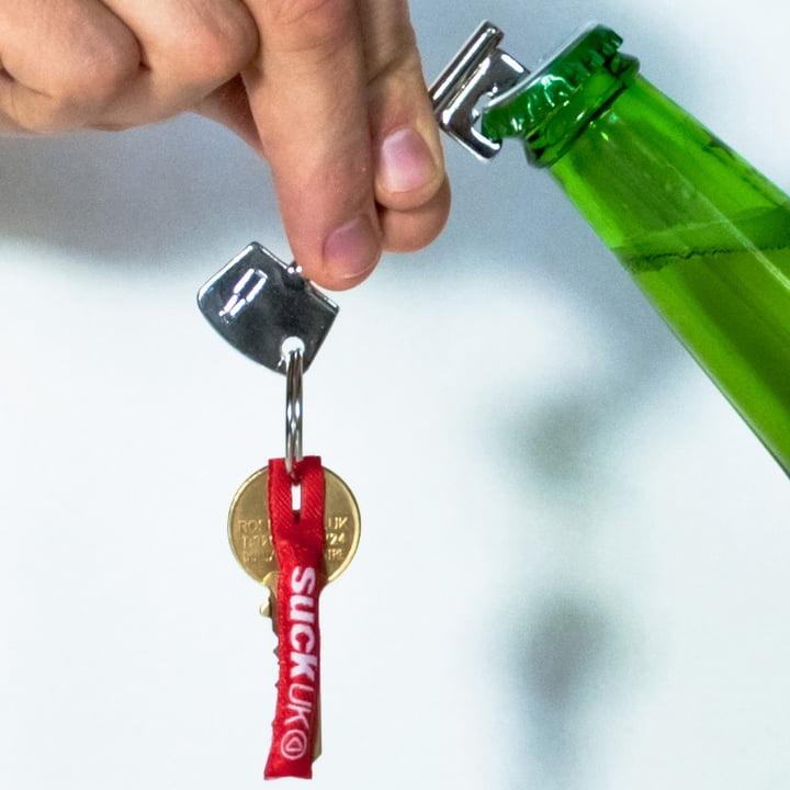 Suck UK - Key bottle opener - opening
