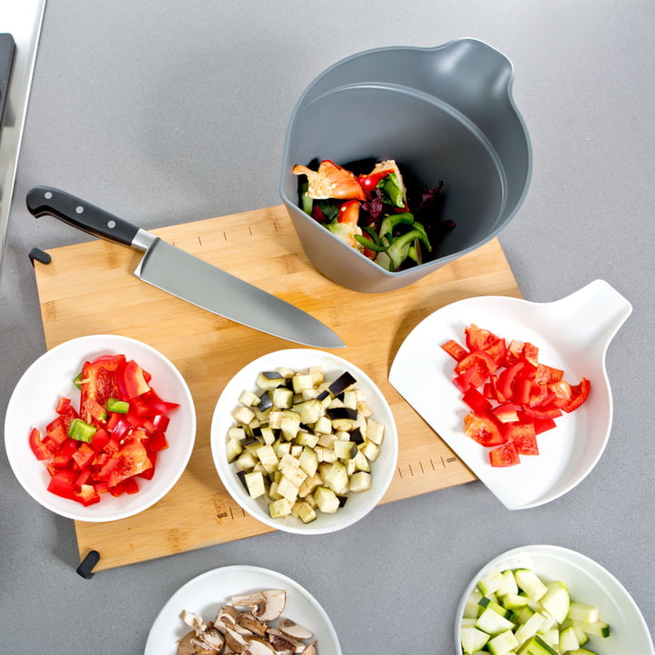 Royal VKB - Chop Organizer, white - with chopped vegetables