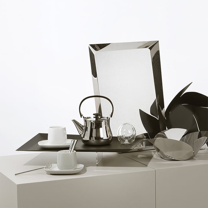 Ovale and Cha for tea by Alessi