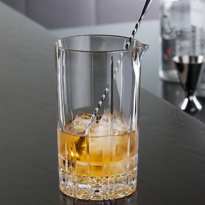 Easy Pouring and Working with lots of Ice