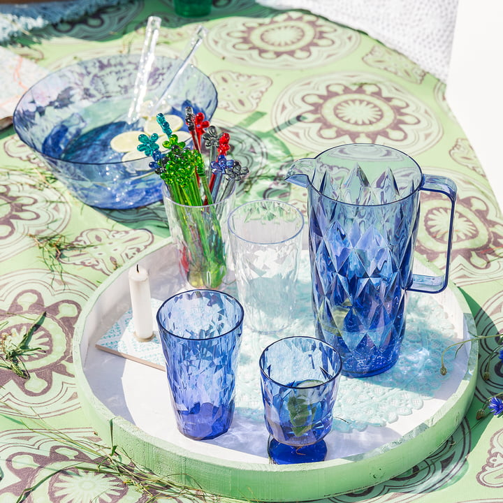 Carafe, glasses and salad bowl of the Koziol Crystal collection
