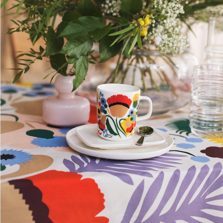 Oiva Ojakellukka mug, Oiva plates and flower vase