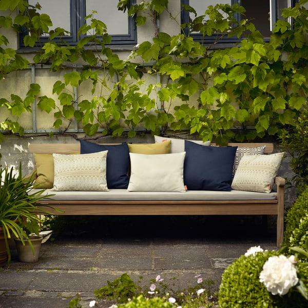 Barrier Oudoor pillow from Skagerak